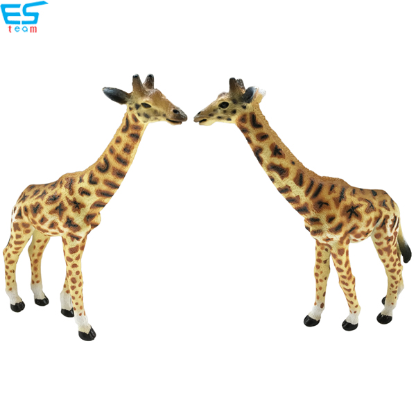 high simulation giraffe figurine